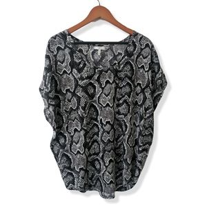 Flowy 100% silk reptile blouse EUC